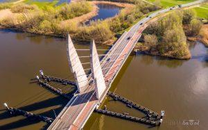 Mastenbroekerbrug luchtfoto Zwartewater IJsseldrone